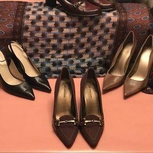 Anne Klein Brown & Gold Heels. Size 9.5